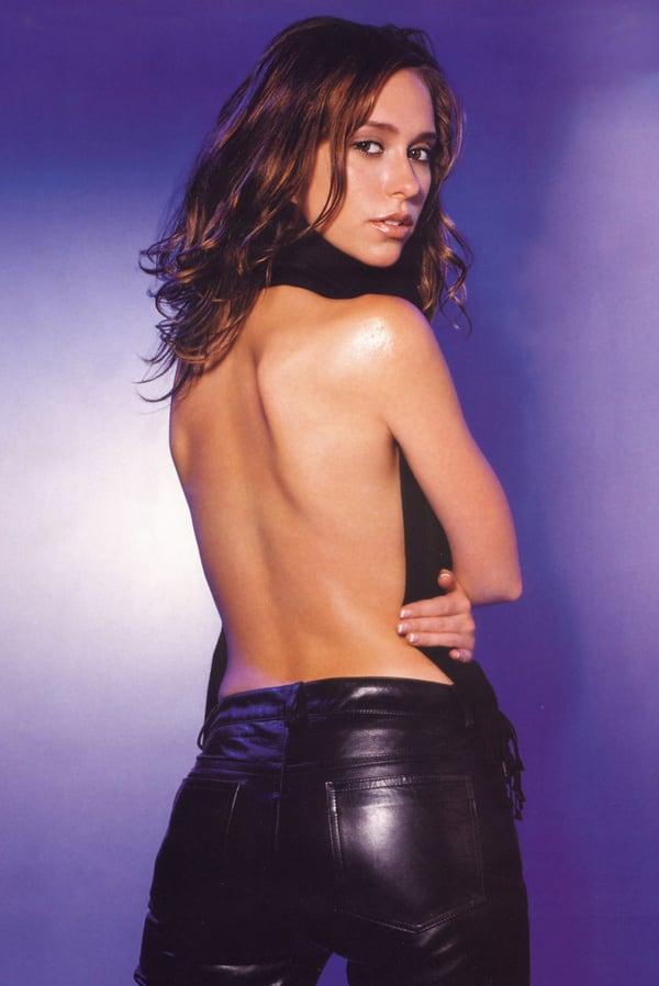 Young Jennifer Love Hewitt