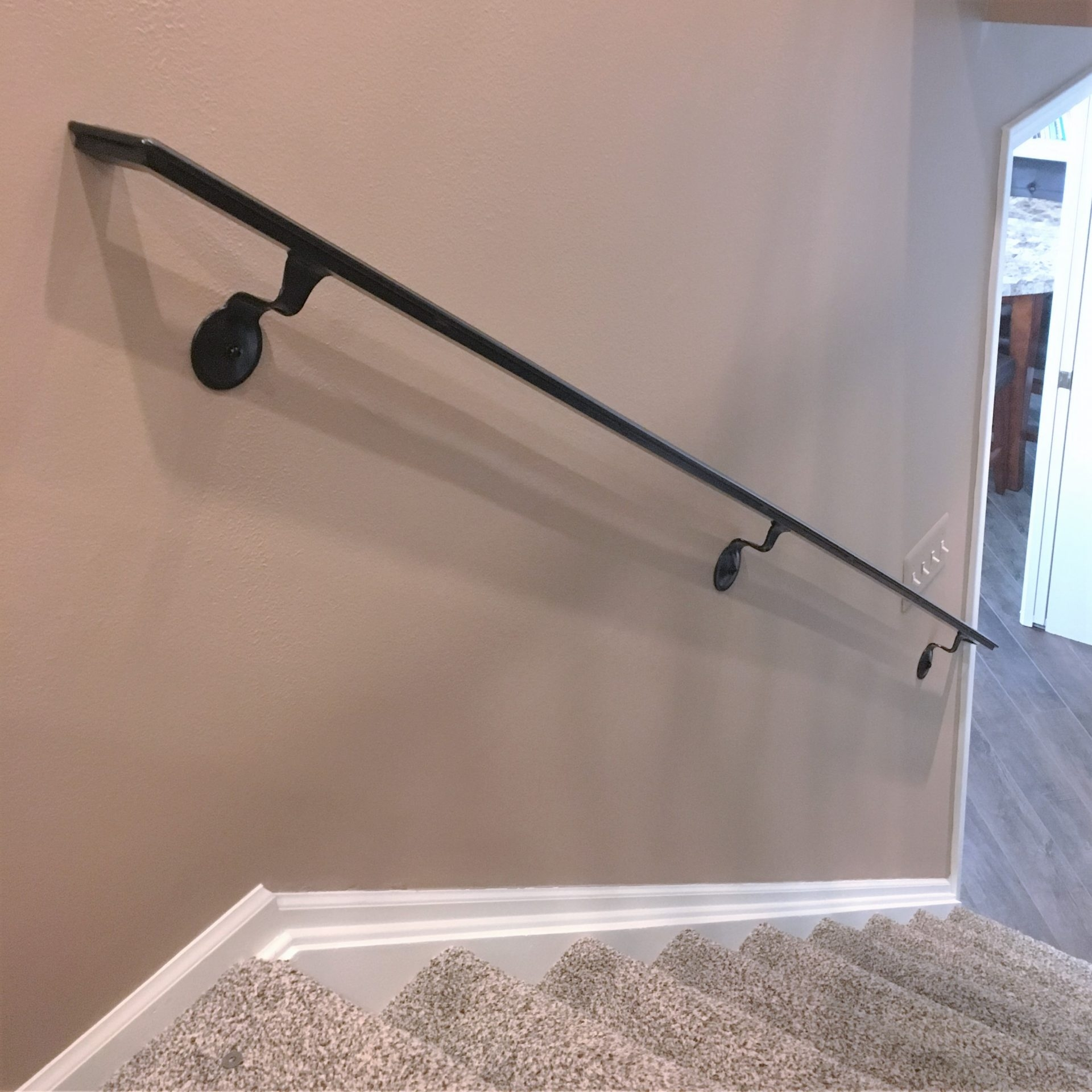 Basic Wrought Iron Wall Mounted Handrail Great Lakes Metal | Wrought Iron Handrail For Steps | Aluminum | Simple | Front Door Step | Forged Iron | Custom