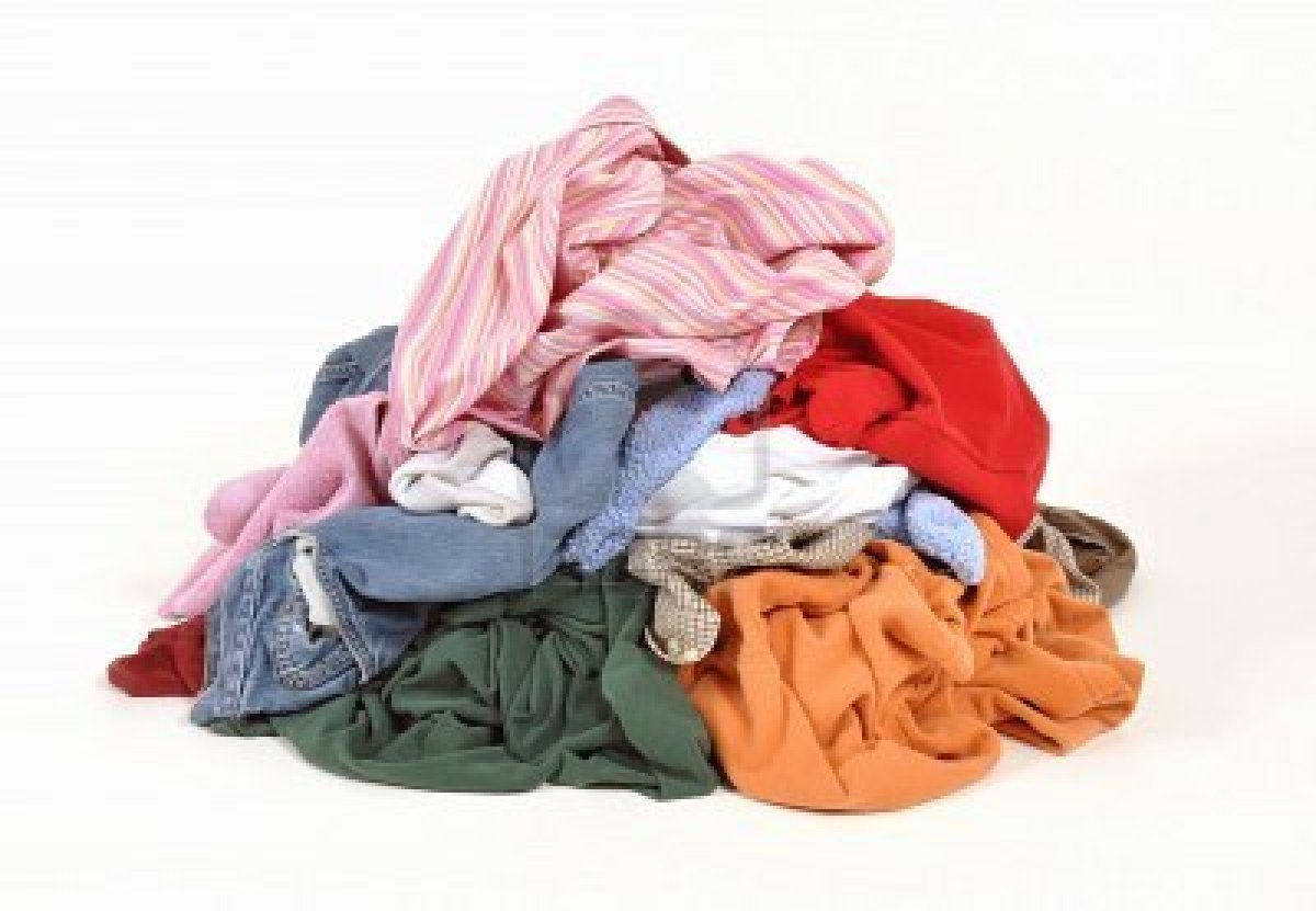 Pile Of Clothes Pictures to Pin on Pinterest - PinsDaddy