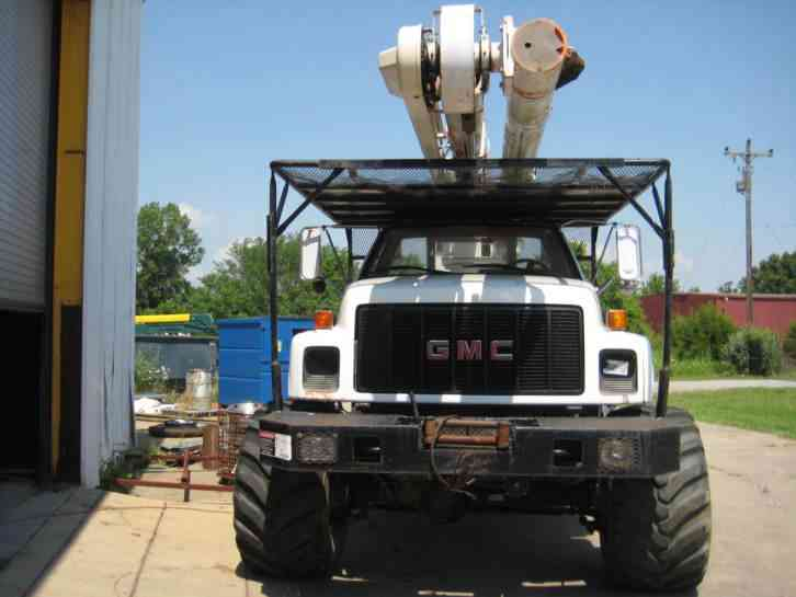 Flatbed Boom Knuckle Trucks