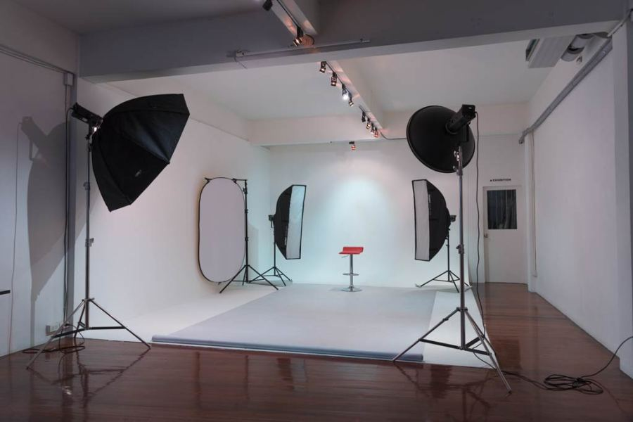 Equipment Hire  Photography Studio Hire in Bangkok  Thailand Lighting Equipment   Studio Hire
