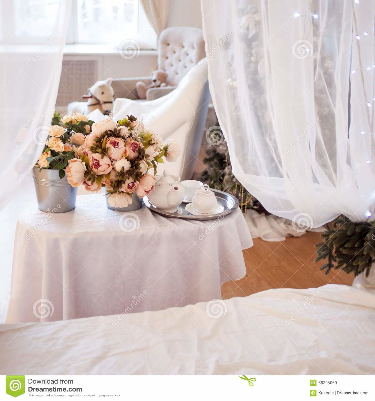 Best Bouquets Of Flowers In The Bedroom Interior Decor With Pictures
