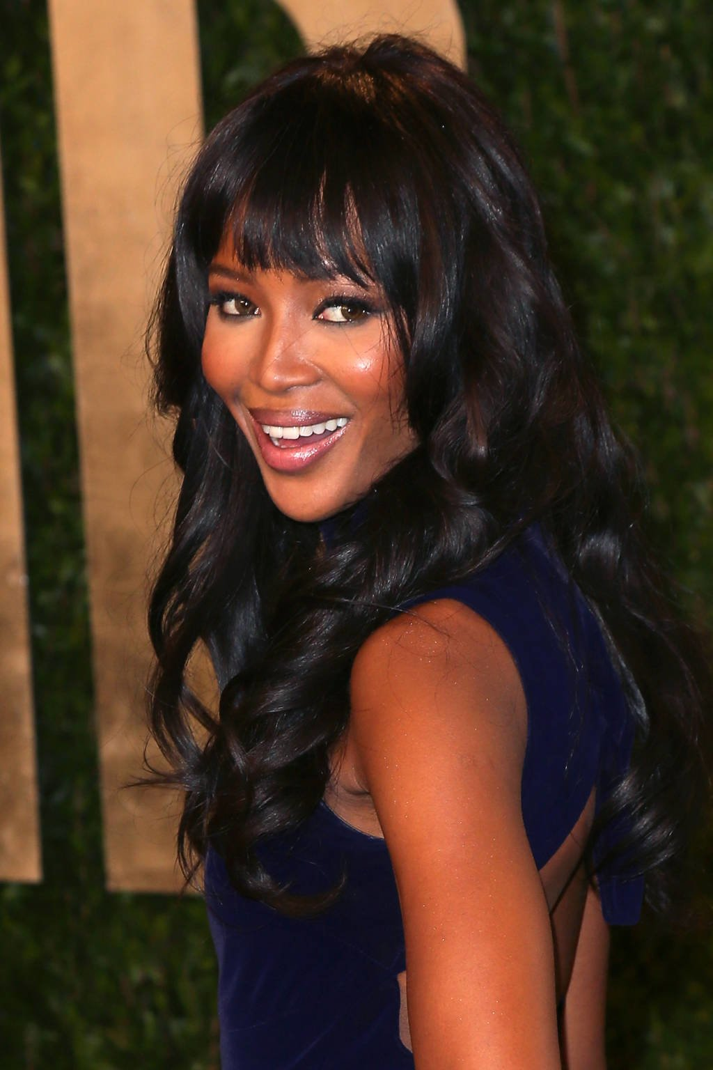 Free 17 Latest Celebrity Inspired Hairstyles For Long Hair Wallpaper