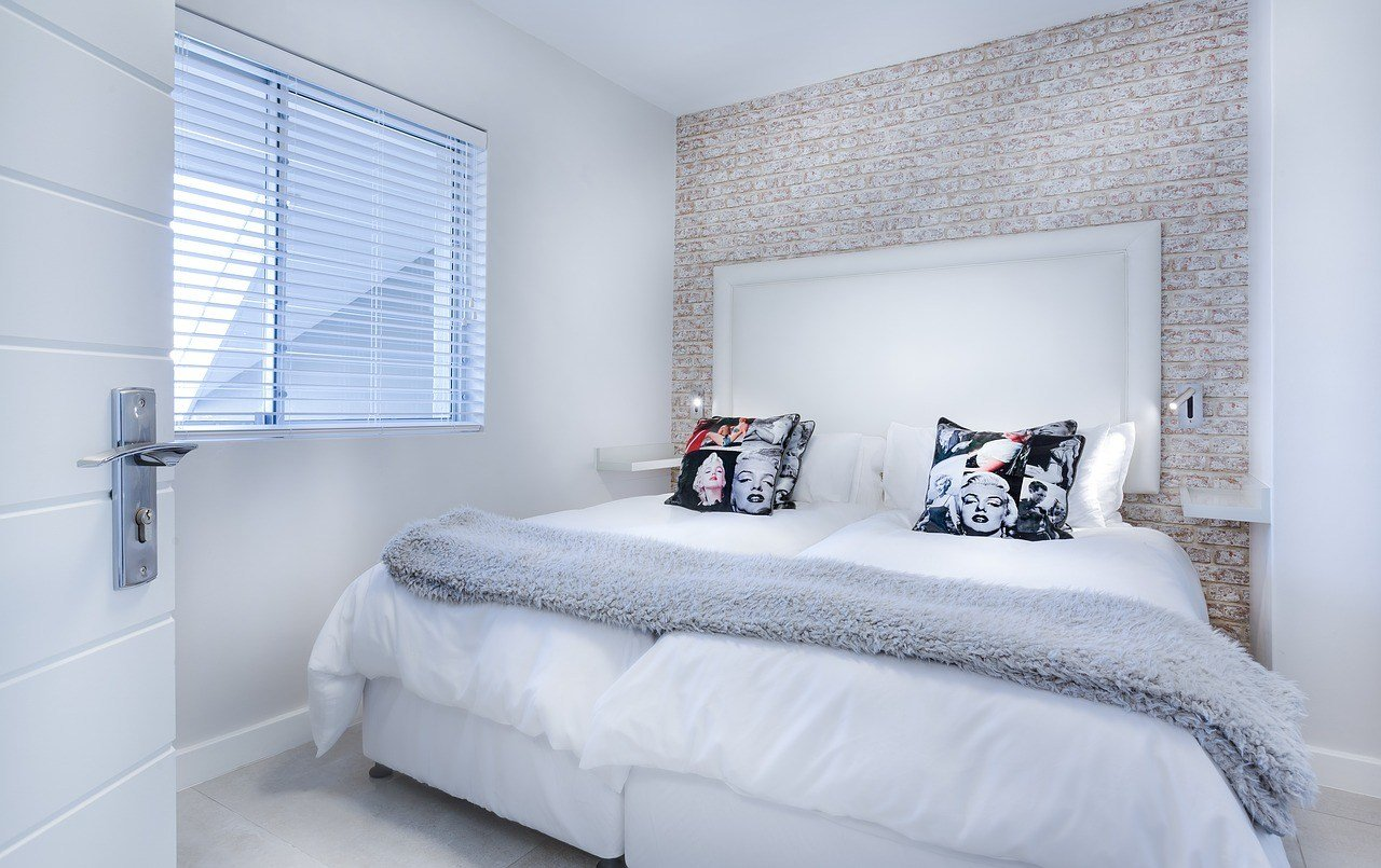 Best 8 Simple Small Bedroom Ideas To Make Your Room Look Great With Pictures