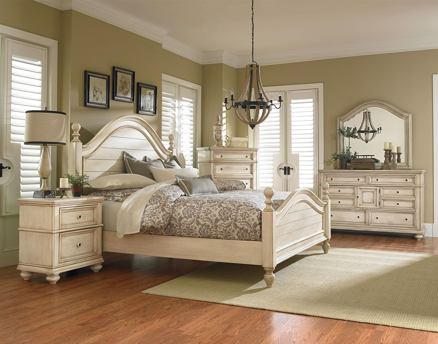 Best Standard Furniture Chateau Poster Bedroom Set In In Bisque Paint With Pictures