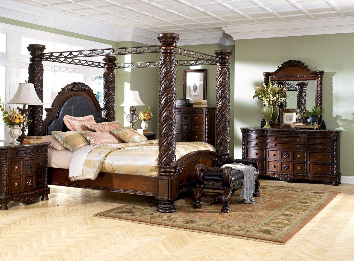 Best North Shore Canopy Bed Set Ashley North Shore Furniture With Pictures
