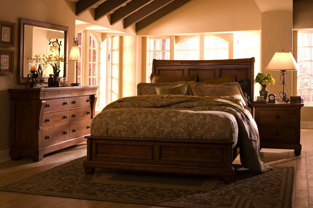 Best Kincaid Tuscano Solid Wood Low Profile Bedroom Set With Pictures