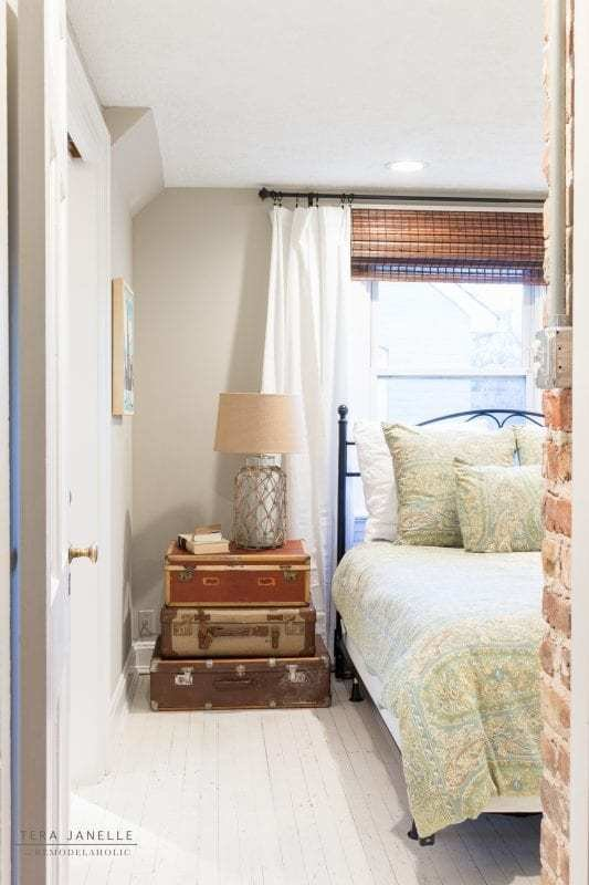 Best Remodelaholic A Vintage Travel Inspired Master Bedroom With Pictures