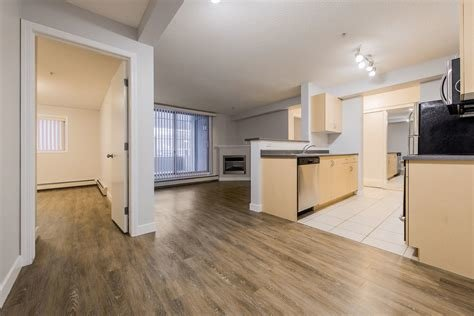 Best Edmonton Pet Friendly Apartment For Rent Downtown With Pictures
