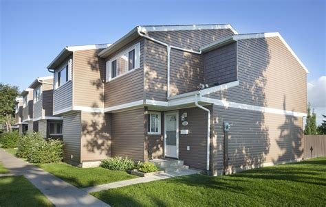 Best Edmonton Pet Friendly Townhouse For Rent Overlanders With Pictures