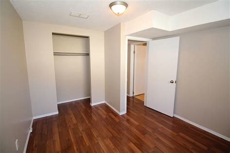Best Calgary Pet Friendly Basement For Rent Albert Park With Pictures