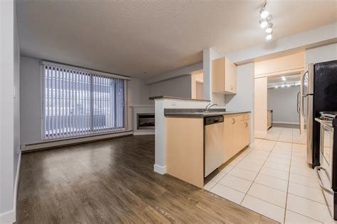 Best Edmonton Pet Friendly Apartment For Rent Downtown Square 104 2 Bedroom Id 250647 With Pictures