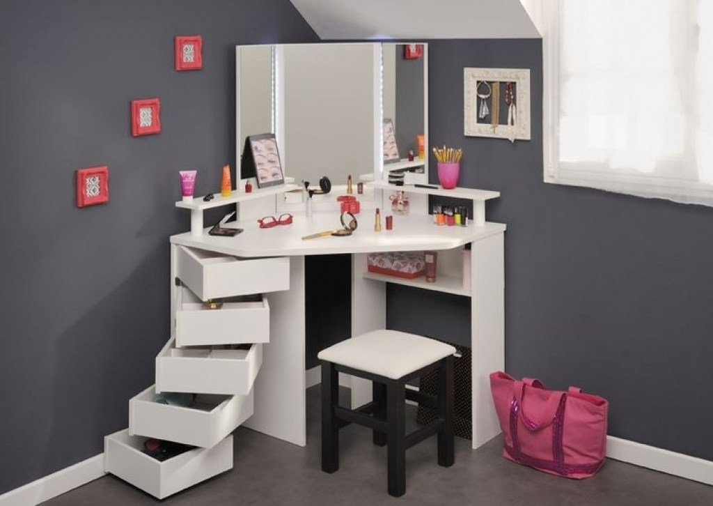 Best Corner Vanity Table Bedroom Shelby Knox With Pictures