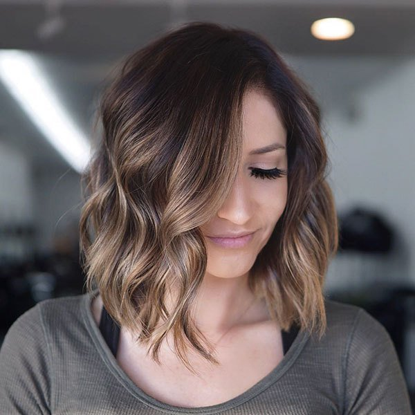 Free 45 Latest Short Hairstyles For Women 2019 Wallpaper