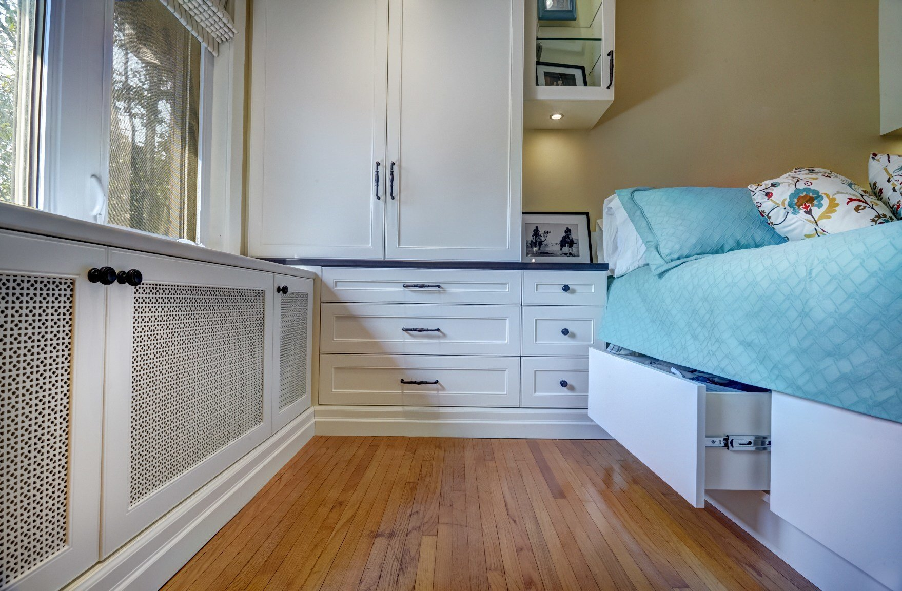 Best Complete Toronto Master Bedroom Project Space Solutions With Pictures