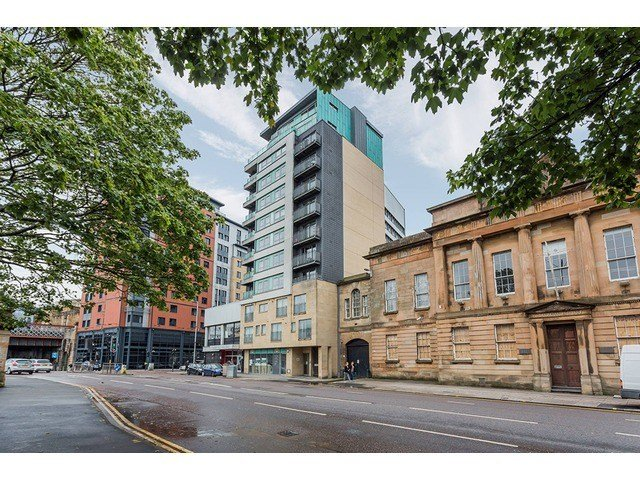 Best 2 Bedroom Flat For Sale Clyde Street City Centre With Pictures