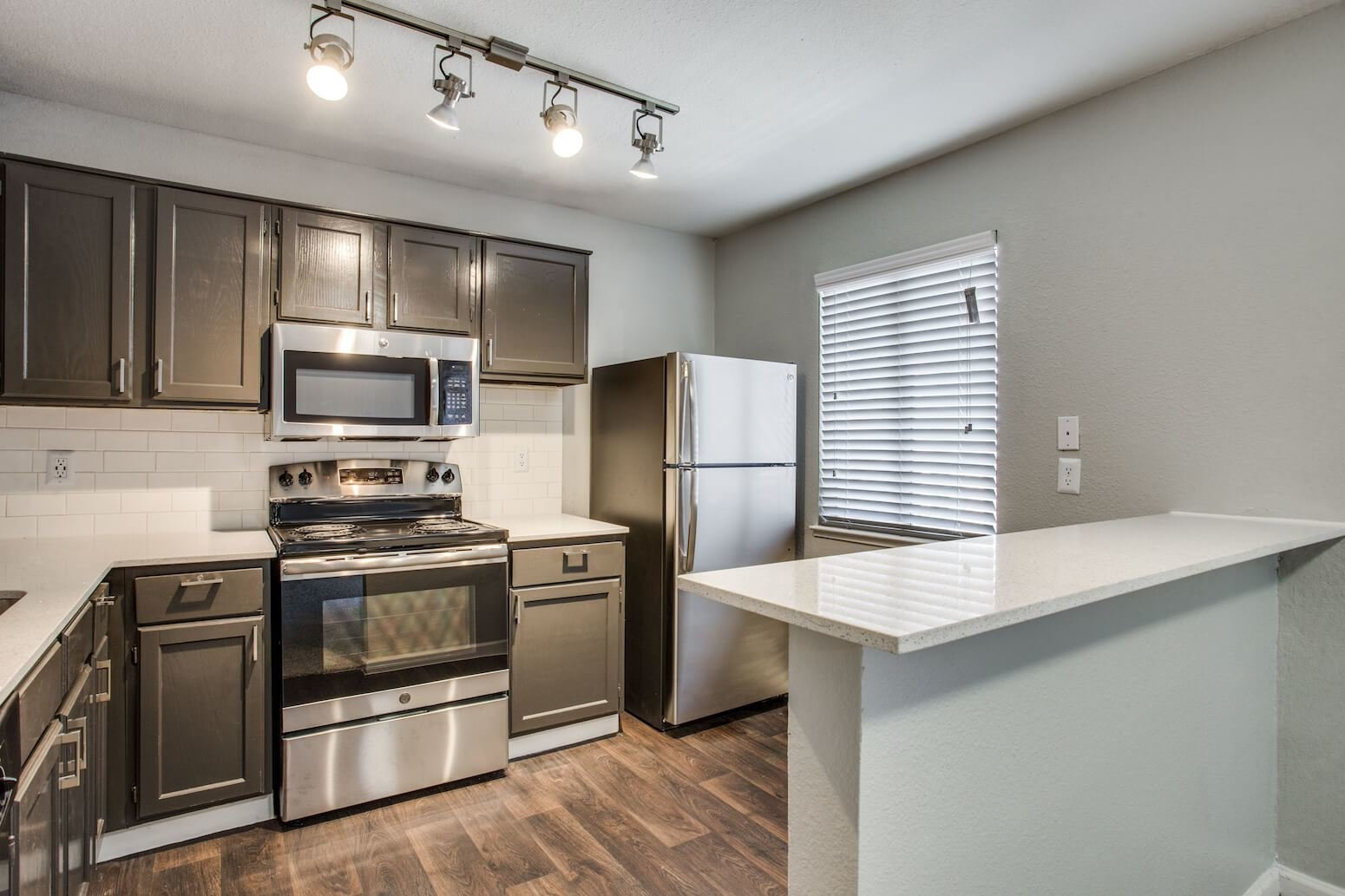 Best The Mark At 2600 1 To 3 Br Apartments For Rent In Arlington Tx With Pictures
