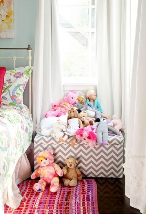 Best Storage Trunk Land Of Nod Land Of Nod Bedroom Furniture With Pictures