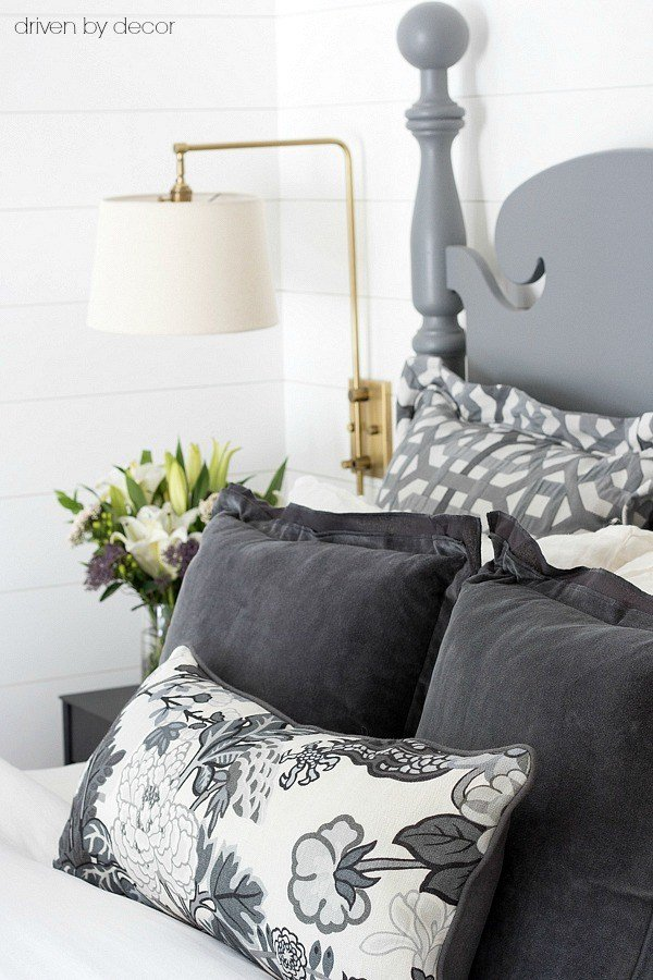 Best Pillows 101 How To Choose Arrange Throw Pillows With Pictures