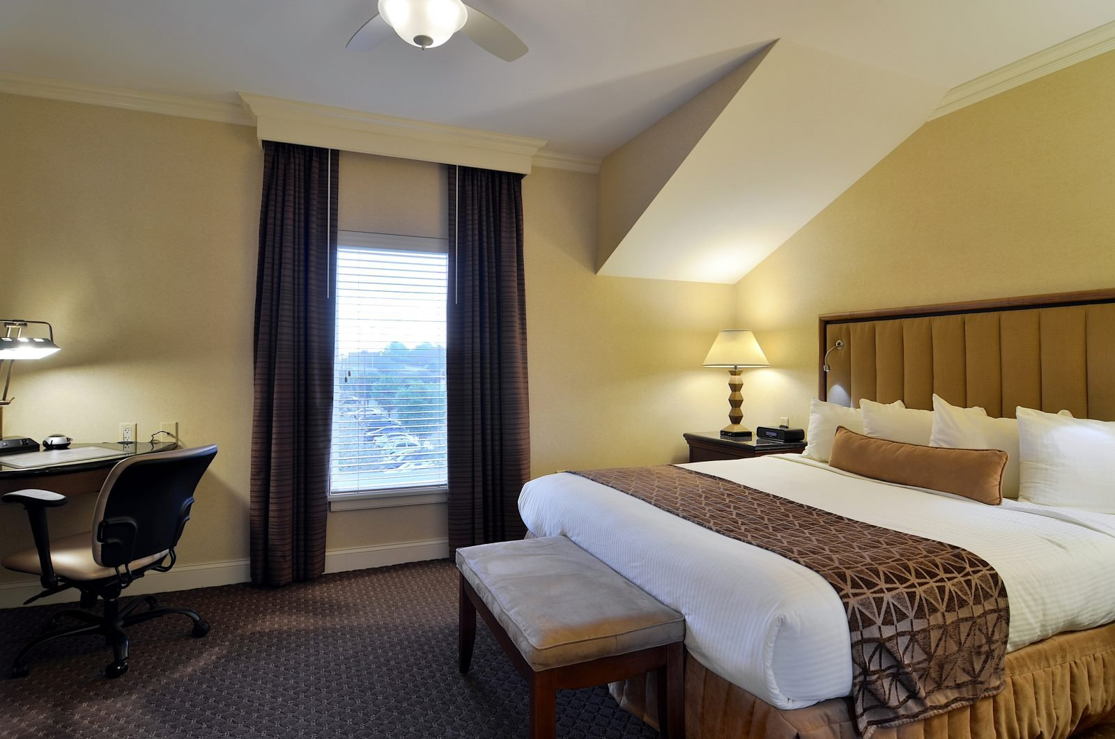 Best Suite In Lancaster Pa Enjoy The Two Bedroom Villa Suite With Pictures