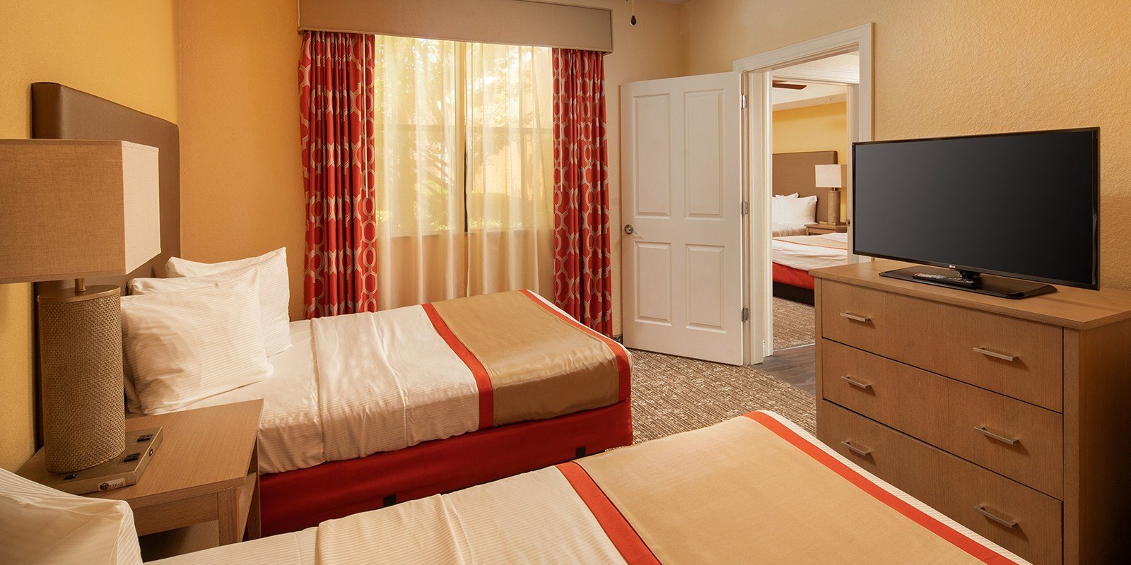 Best Two Bedroom Apartment Style Suites In Orlando Fl With Pictures