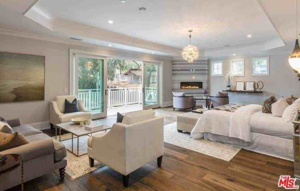 Best 280 Master Bedroom With Hardwood Floors For 2018 With Pictures