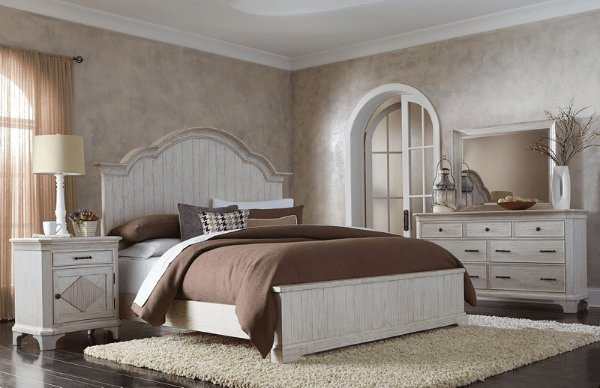 Best Aberdeen Bedroom Set Riverside Furniture With Pictures
