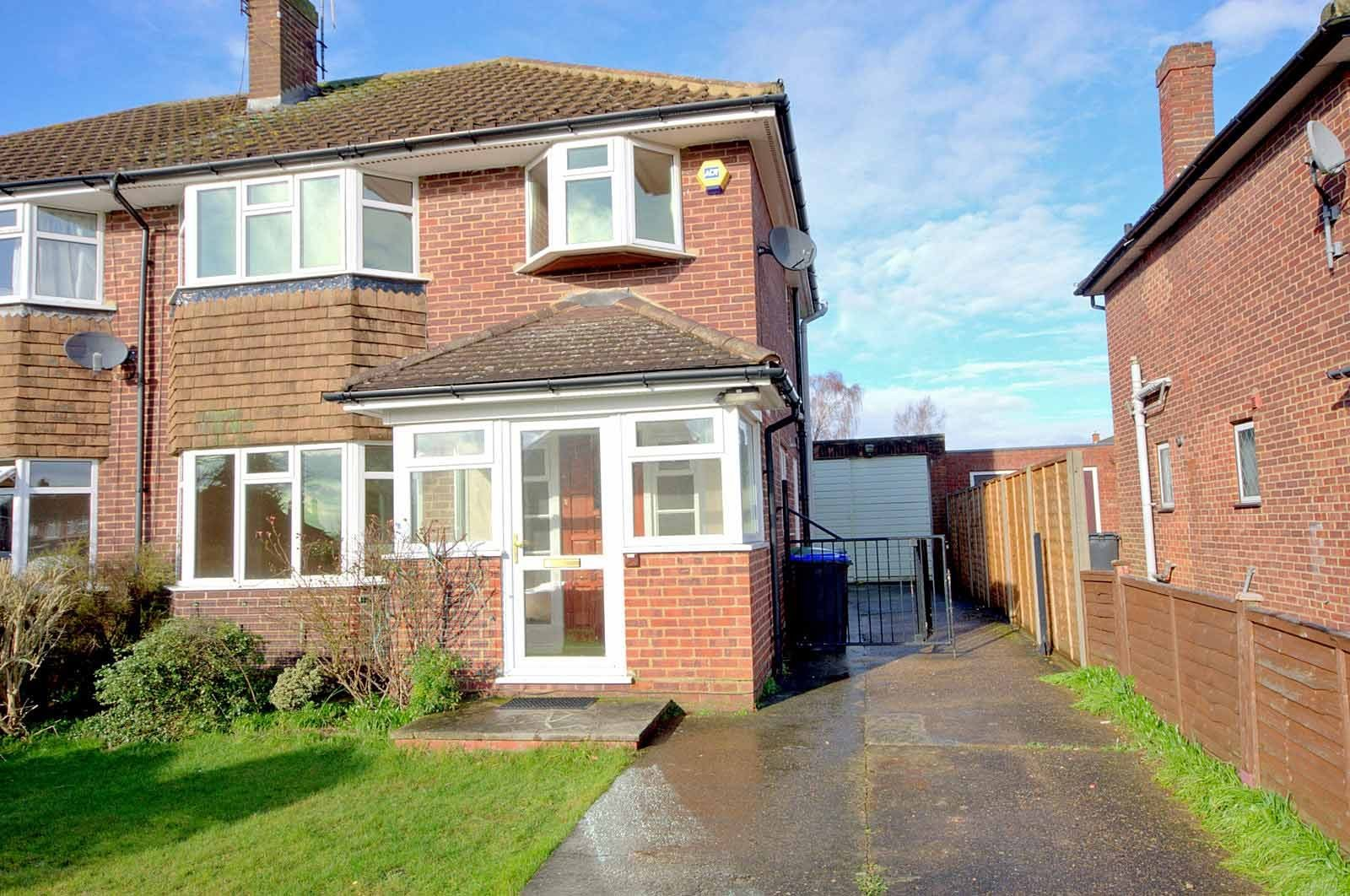 Best 3 Bed House Semi Detached To Rent Elderfield Road With Pictures