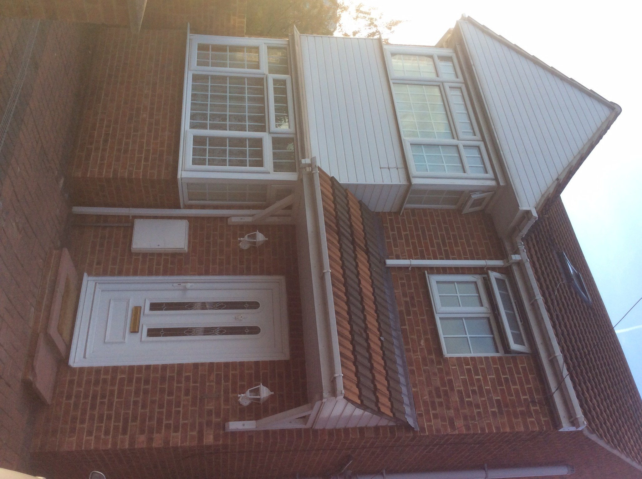 Best 2 Bed House Detached To Rent Uxbridge Road Slough With Pictures