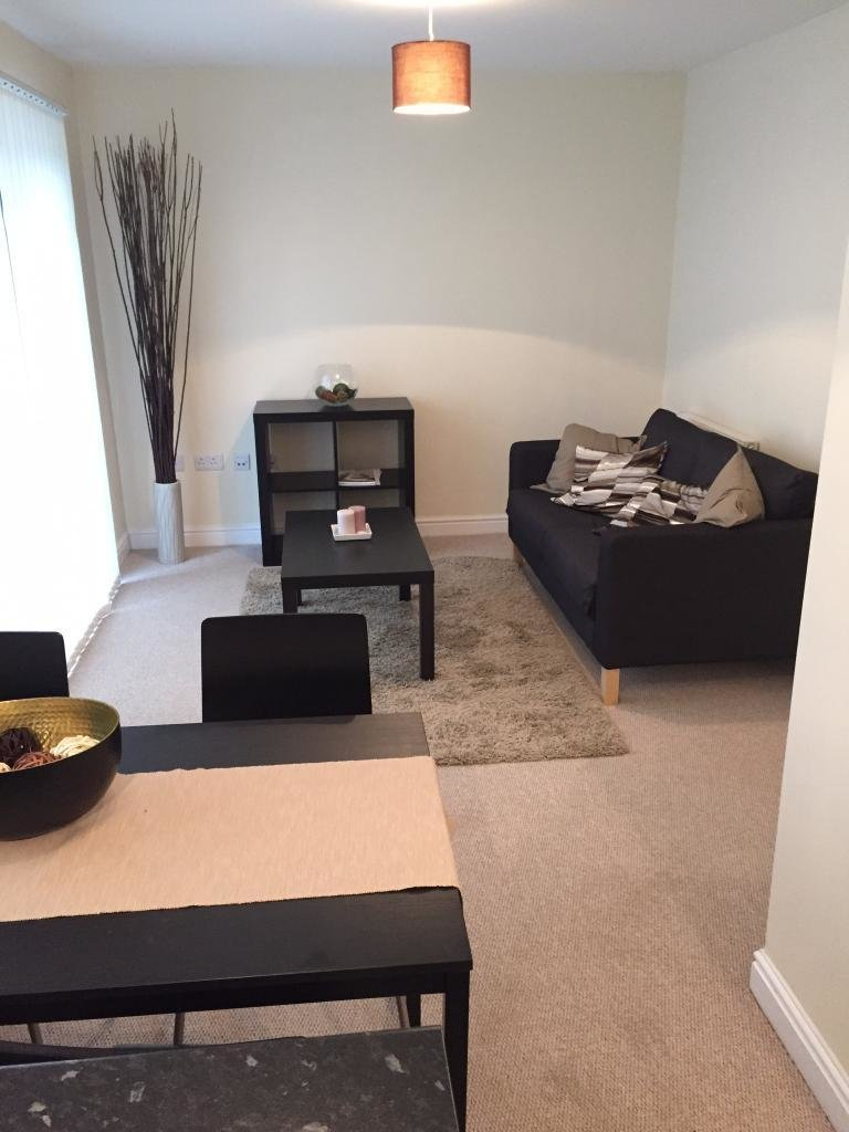 Best 2 Bed Flat Apartment Ground Flat To Rent Elliman With Pictures
