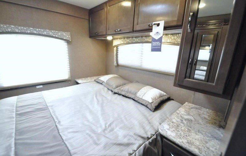 Best Class C Motorhomes Dbl Slides W Bunks C32B Nashville Rv With Pictures