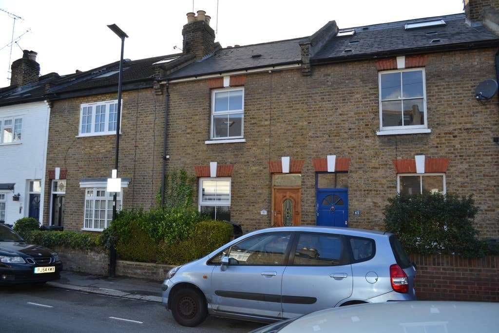 Best 2 Bedroom Cottage E London Townhouses For Rent In With Pictures
