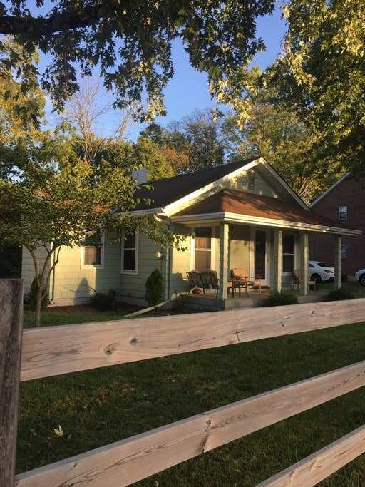 Best Charming 2 Bedroom Miami Oxford Ohio Bungalows For Rent With Pictures