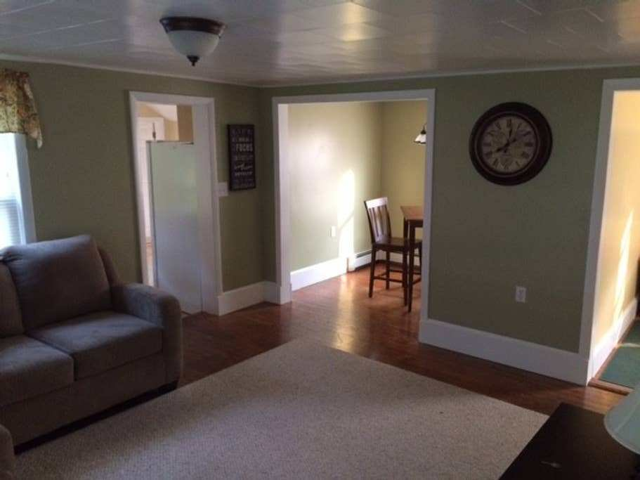 Best Fully Furnished 3 Bedroom Office Apartments For Rent With Pictures