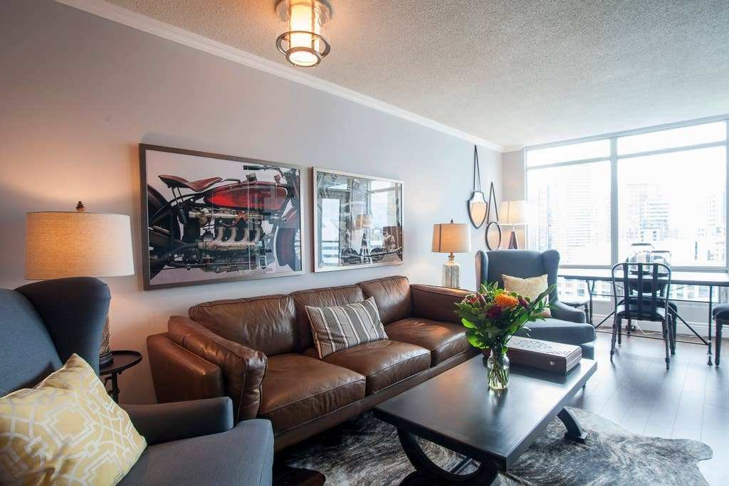 Best 2 Bedroom Condo Heart Of Toronto Flats For Rent In With Pictures