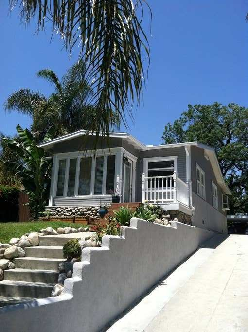 Best 3 Bedroom House Across From Universal Studios Houses With Pictures