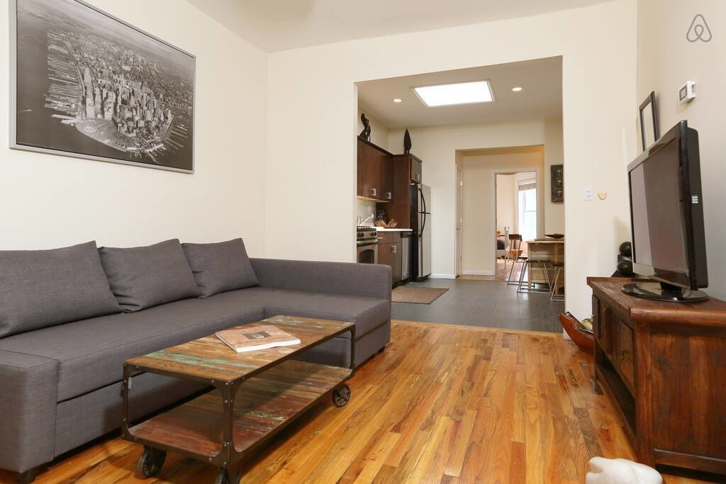 Best Lovely Sun Lit 3 Bedroom Apartment Apartments For Rent In Brooklyn New York United States With Pictures