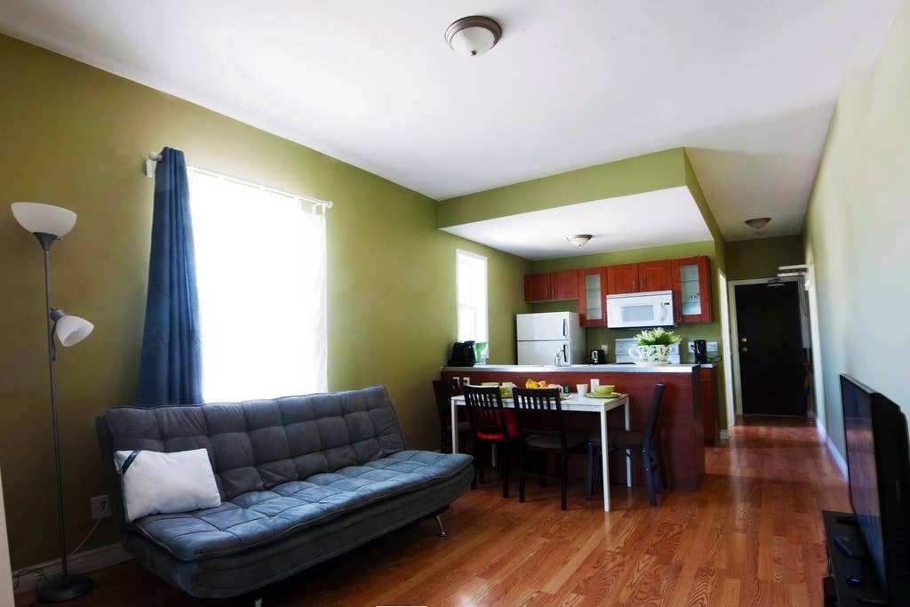 Best 2 Bedroom Apartment In West End Apartments For Rent In With Pictures