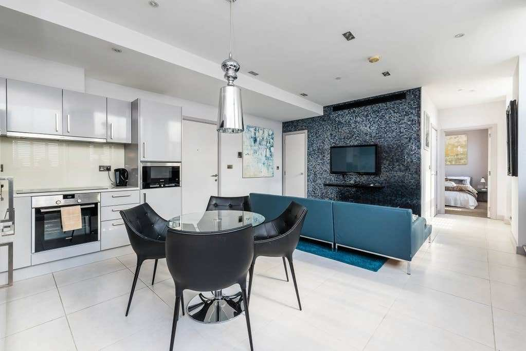 Best Super Luxury 2 Bedroom Flat City Of London Flats For With Pictures