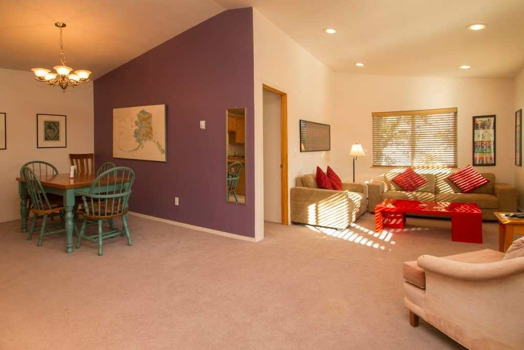 Best Prime Downtown 2 Bdrm Private Apartment 5 Star With Pictures
