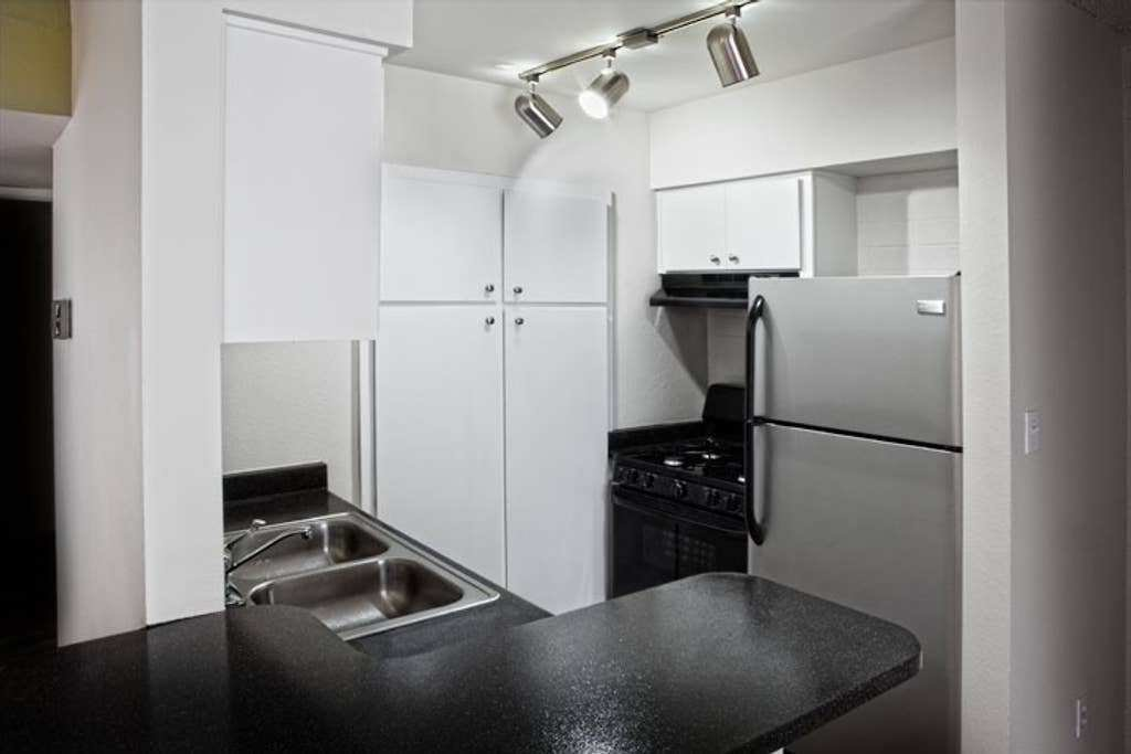 Best Furnished One Bedroom Apartment Apartments For Rent In With Pictures