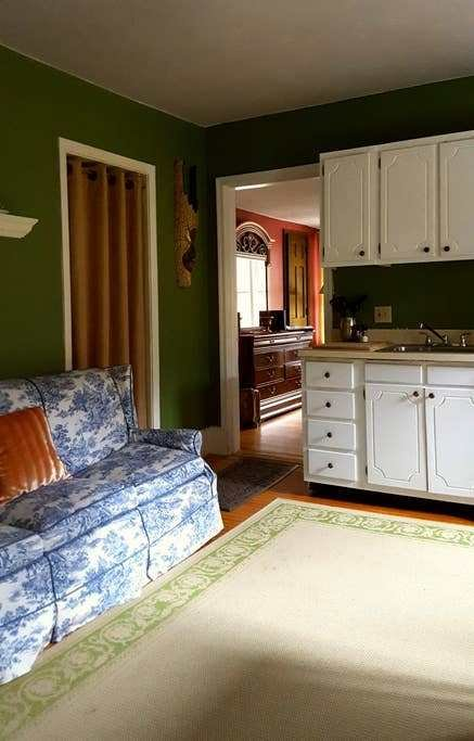 Best Comfortable Pet Friendly 1 Bedroom In Brattleboro Apartments For Rent In West Brattleboro With Pictures
