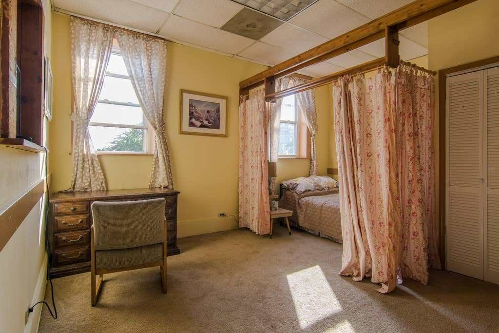 Best Lovely Cleveland 1 Bedroom Studio On 3Rd Floor With Pictures