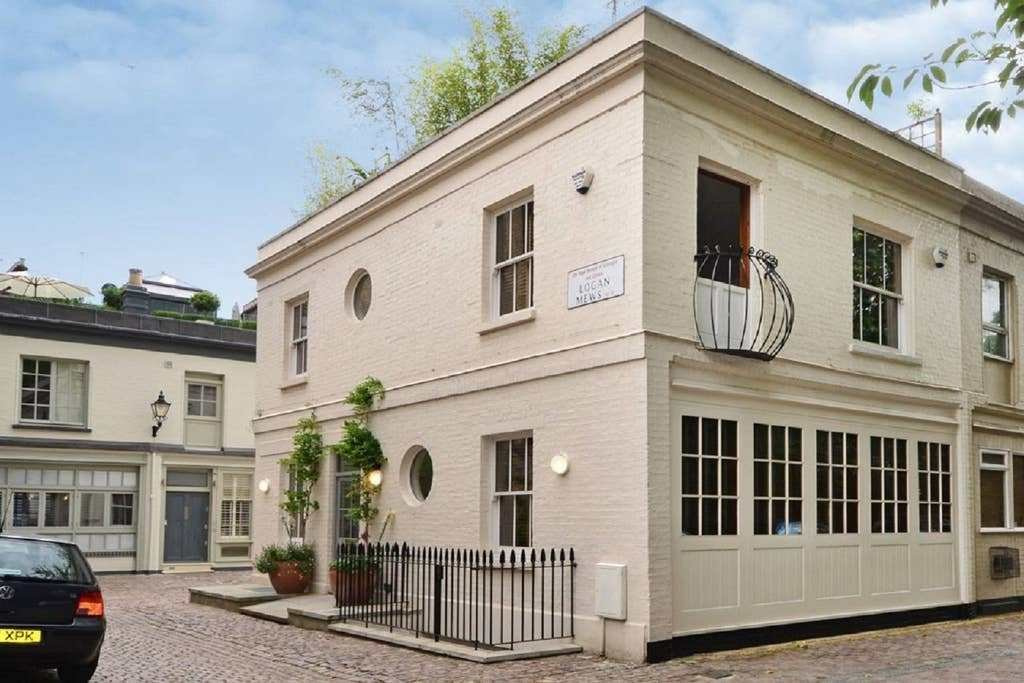 Best Central London 3 Bedroom House With Parking Houses For Rent In Greater London England United With Pictures