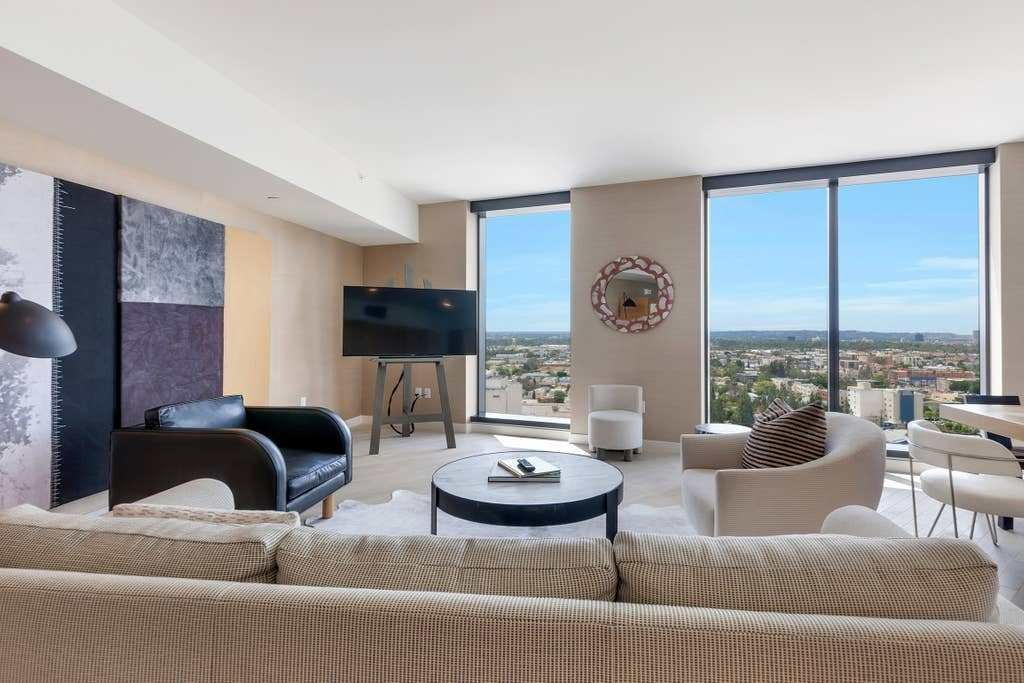 Best Luxury One Bedroom Apartment Apartments For Rent In Los With Pictures
