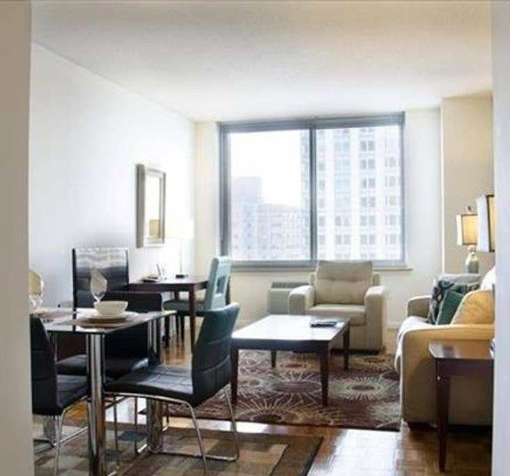 Best 1423 1 Luxury 1 Bedroom Jersey City High Rise With Pictures Original 1024 x 768