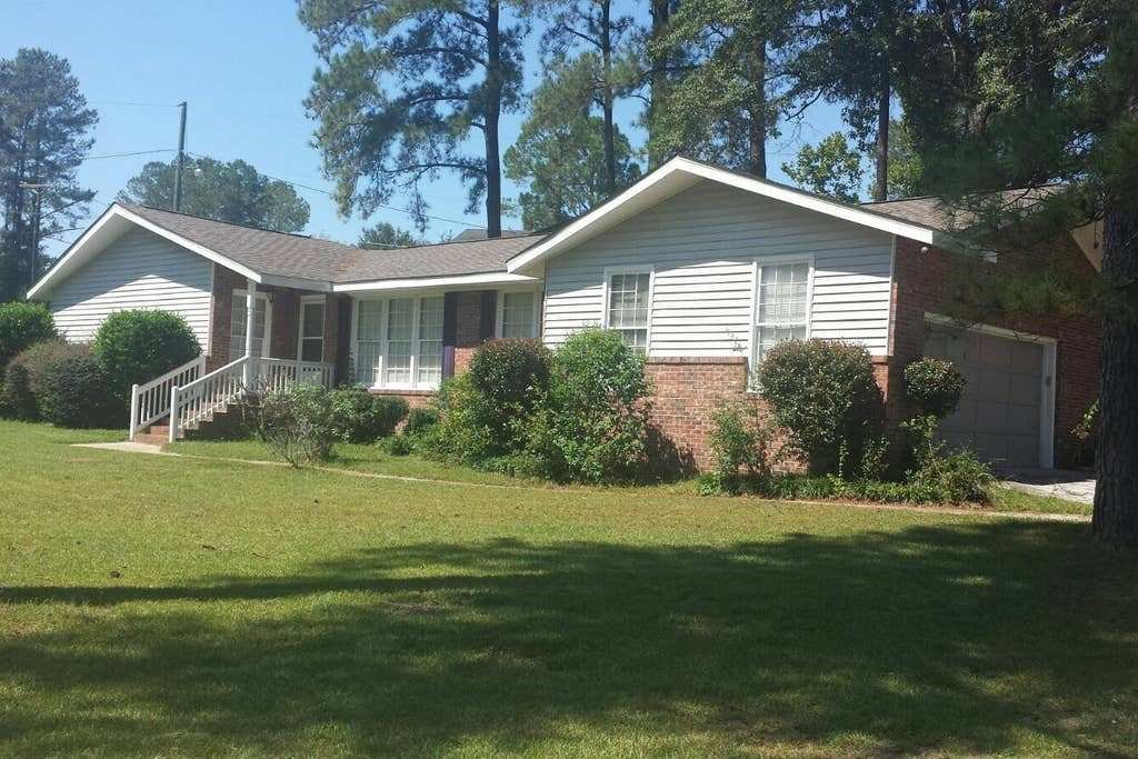 Best Nice 3 Bedrooms 2 Bath 2 Car Garage Close To Fort Jackson With Pictures