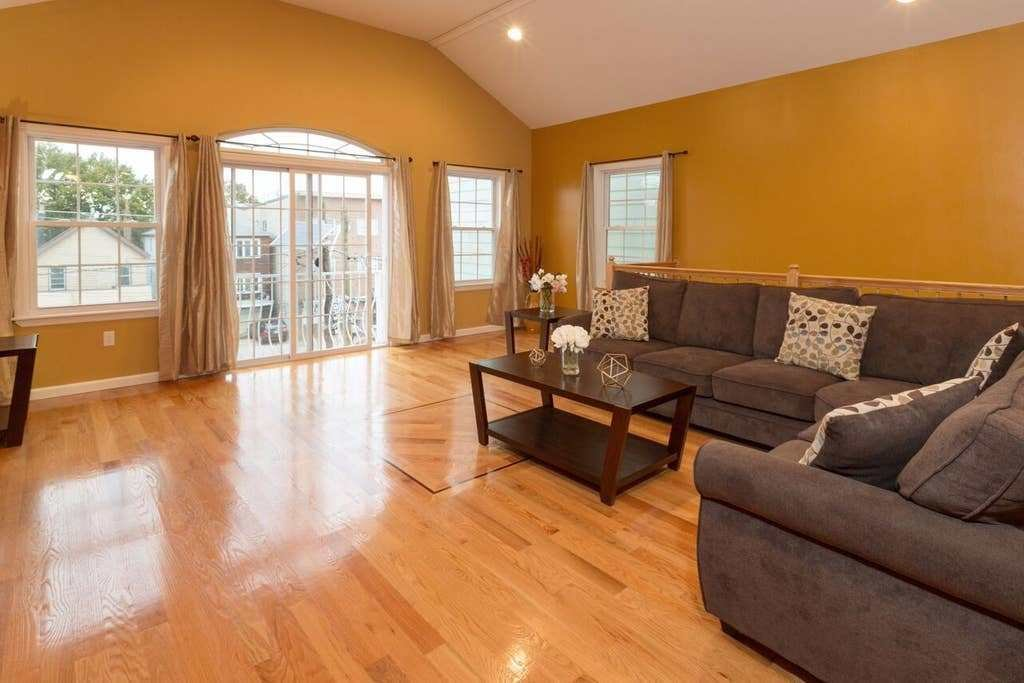 Best Spacious Apt 4 Bedrooms 2 Baths 20 Minutes To Nyc With Pictures