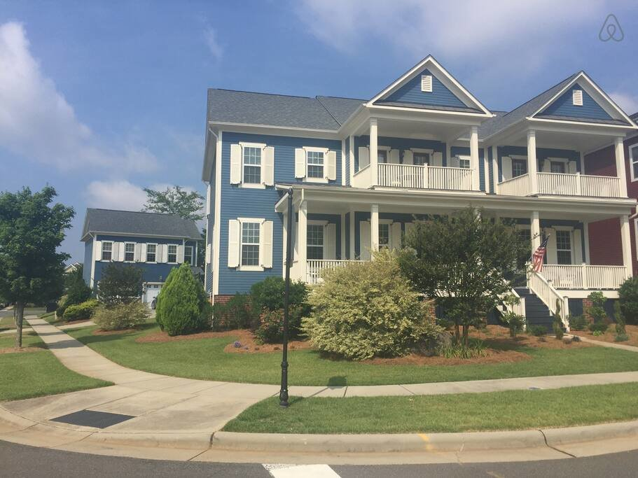 Best Beautiful 4 Bedroom Home Houses For Rent In Charlotte With Pictures