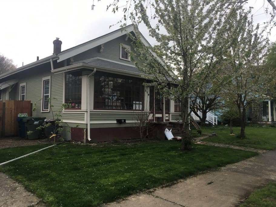Best Walk To Downtown Or Word Of Mouth Houses For Rent In With Pictures